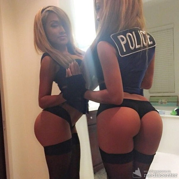Телки в форме полиции