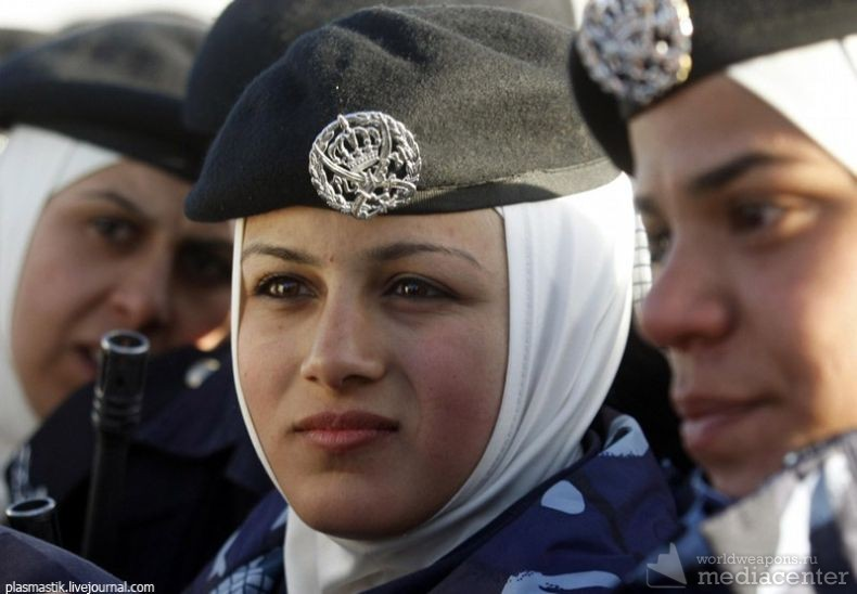 Военные девушки Иордании