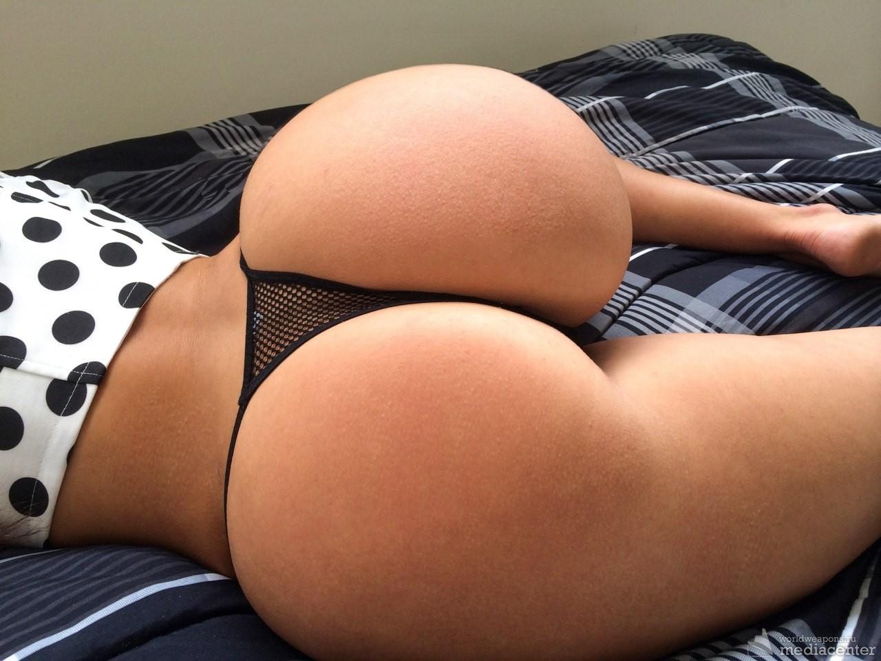 Шикарные голые задницы фото 30 фотография