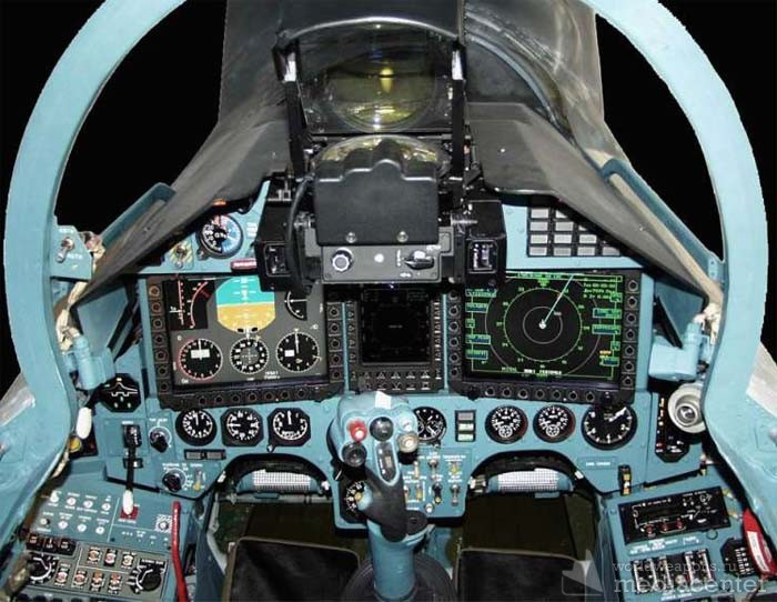 Су-27СК Кабина пилота