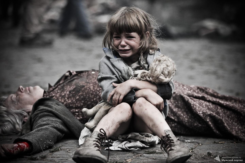 Война сделала нас никчемными людьми. Война, фото, девочка плачет.