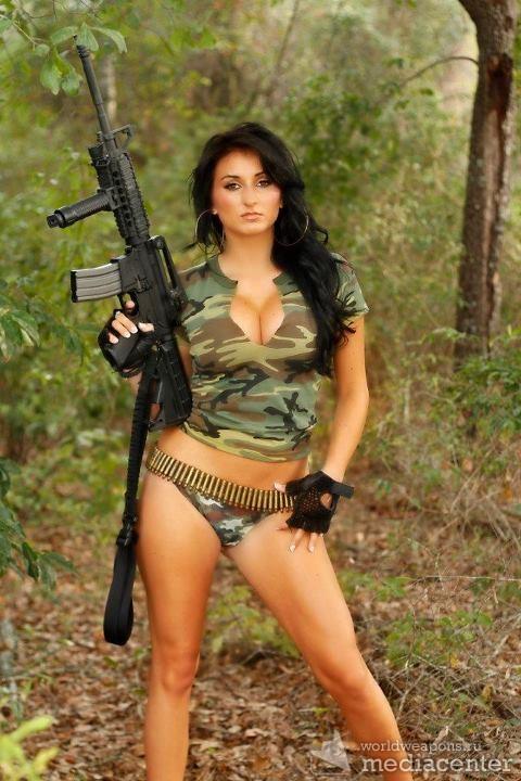 Pretty Girls with Guns, weapons. Девушки с оружием. Автомат, штурмовая винтовка.