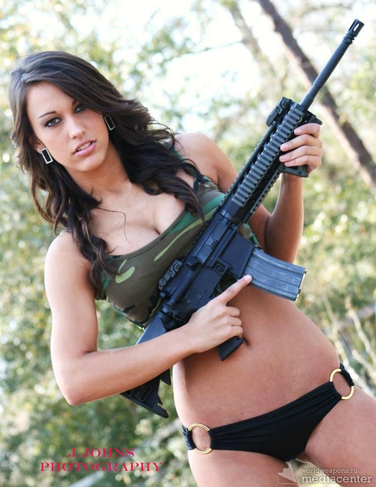 Pretty Girls with Guns. Девушки с оружием. Автомат, штурмовая винтовка.