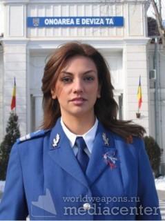 Девушки в униформе - италия