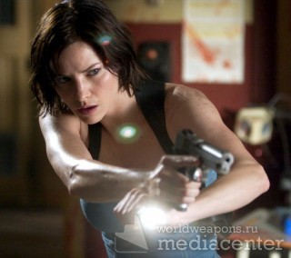 Resident Evil Girls with Guns Jill Valentine Sienna Guillory