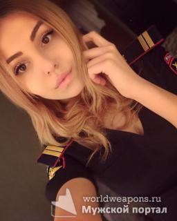 Красивая девушка в форме, полиция. Валентина Филфелеева.
