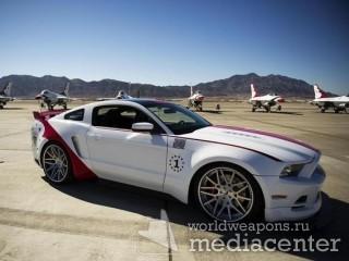 Компания Ford выпустила эксклюзивную версию спорткара Mustang GT Thunderbirds Edition в честь 60-летнего юбилея пилотажной группы Thunderbirds.