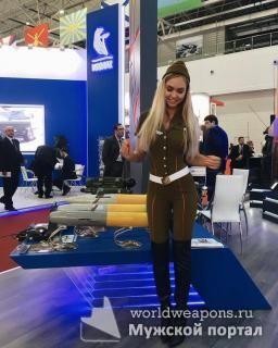 Красивая девушка в военной форме, милашка, Армия-2016. Россия.