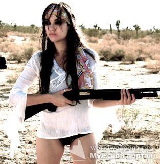 Sasha Grey. Девушка с оружием, дробовик, Саша Грэй.