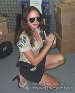 Security Girls, девушка с оружием, в спец форме